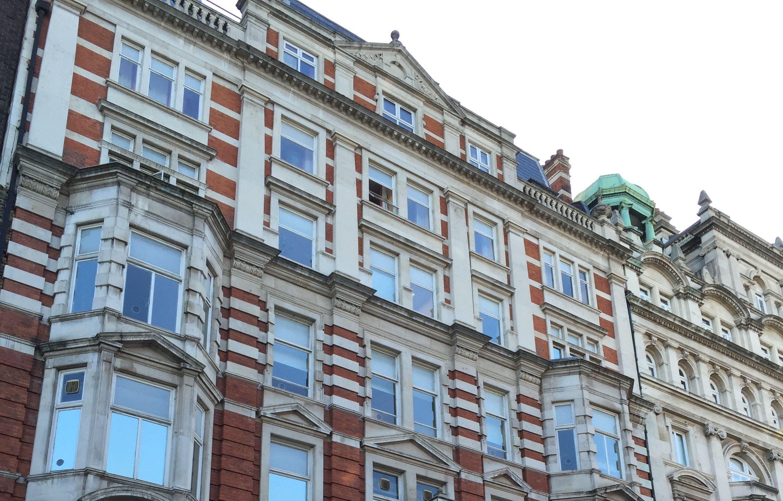 St Giles London Central セントジャイルズ ロンドン