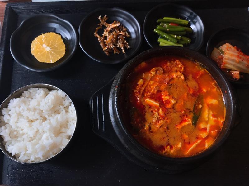 アマラシンガポール 韓国料理